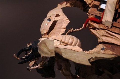 skeletons-and-insects-carved-from-wood-inanimate-objects-maskull-lasserre11