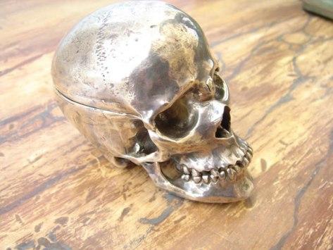 skull_watch_1