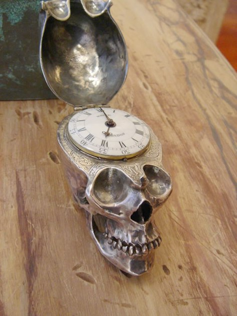 skull_watch_2